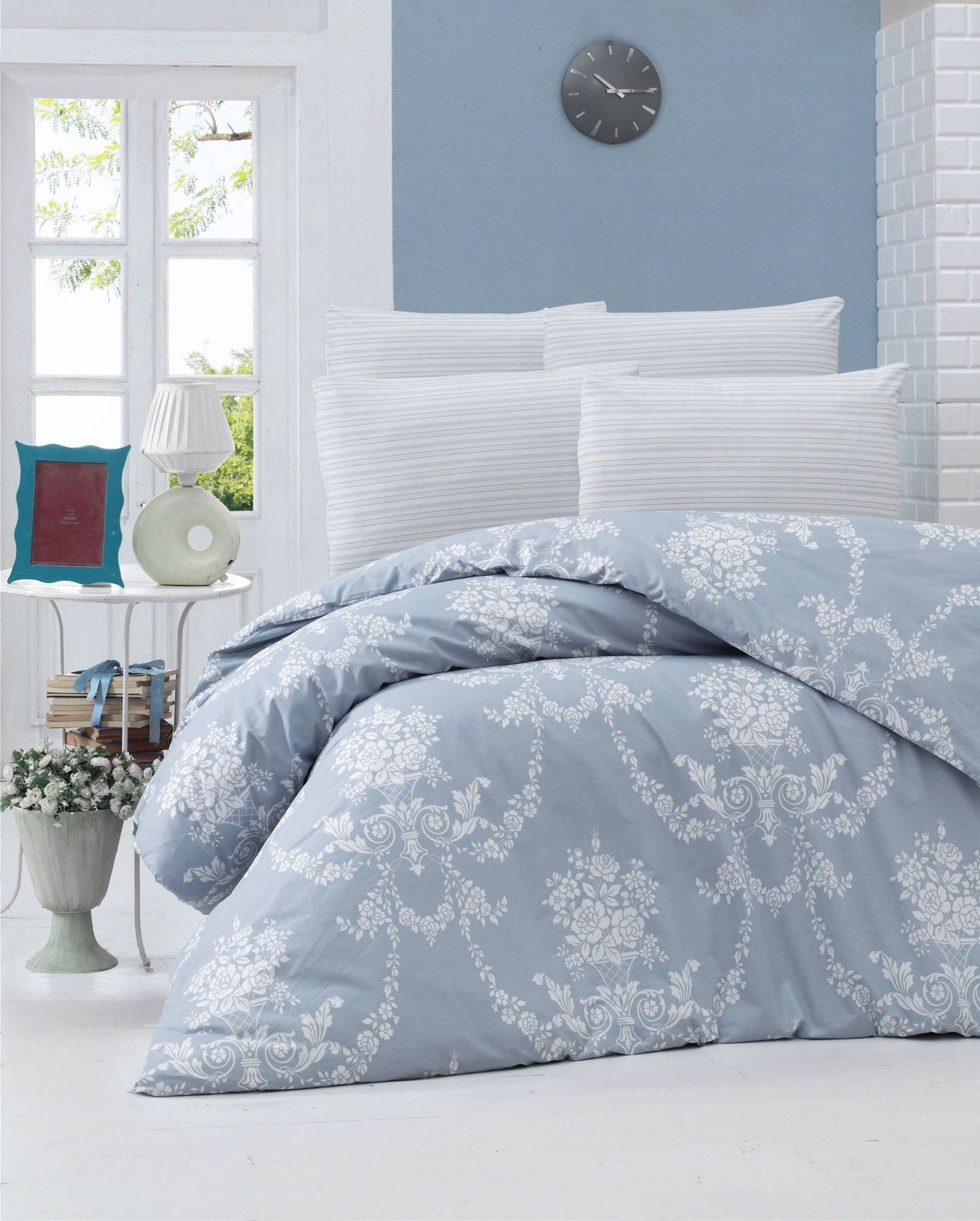 Dose Of Modern Gloria Blue Ranforce Single Quilt Cover Set Eu It 121vct12643 Blue White