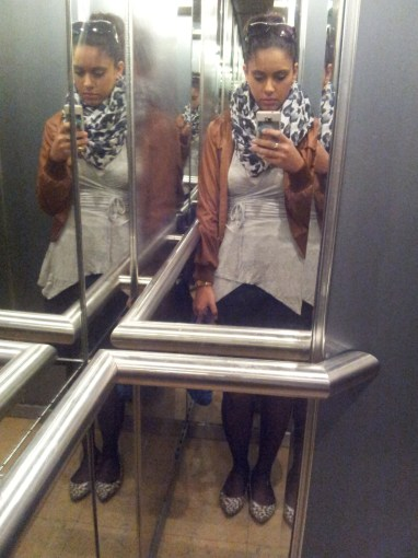 """חולצת מעטפת / FOX (ישנה)חצאית / H&Mנעליים / קסטרוג'קט / קניון הזהבצעיף / חנות כלשהי בכפ""""ס"""