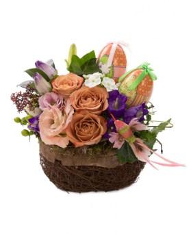 Coșuleț flori și ouă de Paște, doar 185,99 RON!