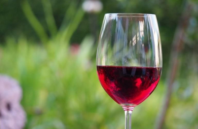 Как приготовить вкусное домашнее вино