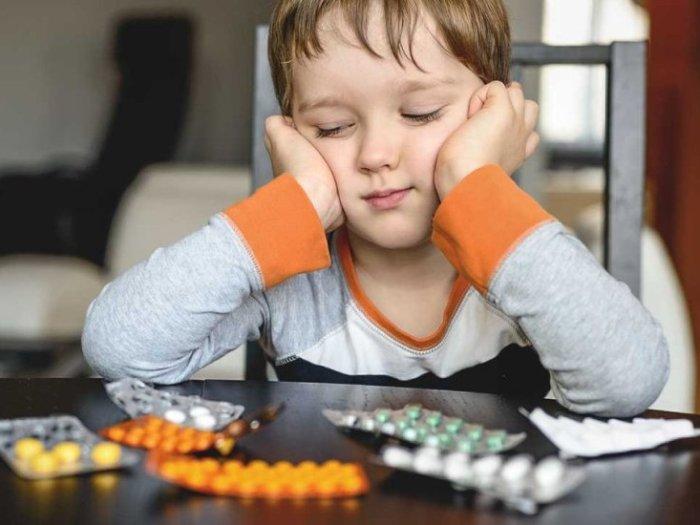 Ребёнок отравился лекарствами
