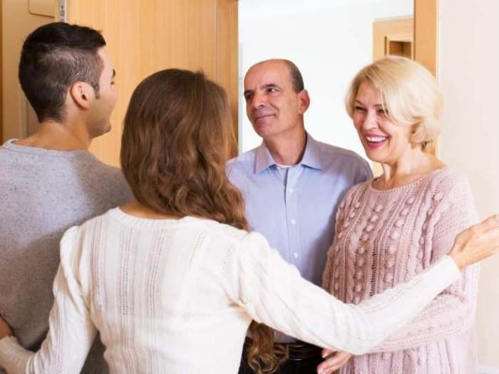 Как наладить отношения с семьей мужа