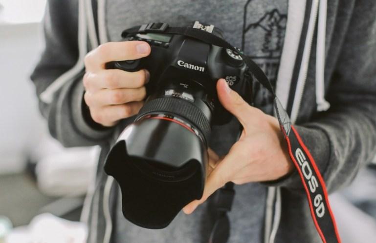 Как научиться фотографировать детей?