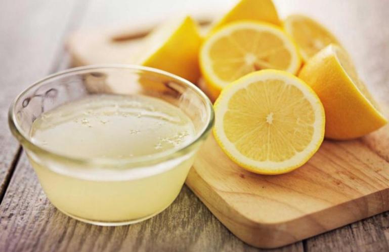 9 невероятно простых и эффективных способов очистить организм лимонами