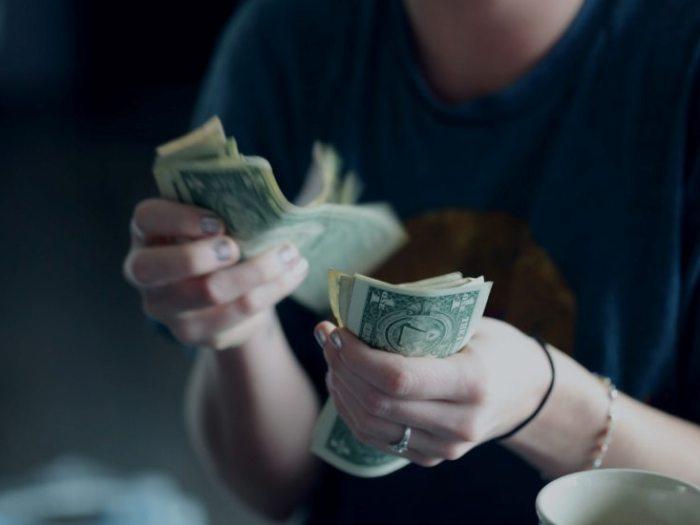 Как сделать деньги: правила, ошибки, варианты