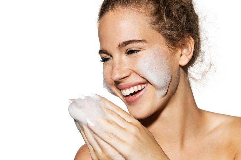 Пять способов ухода за кожей с помощью народных средств