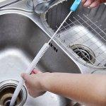 5 способов избавиться от засоров в ванной и на кухне без помощи сантехника