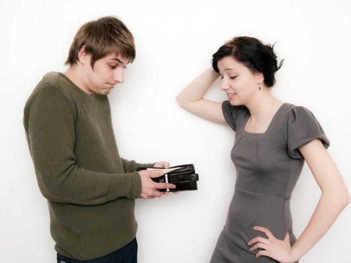 Как наладить денежные вопросы в семье?