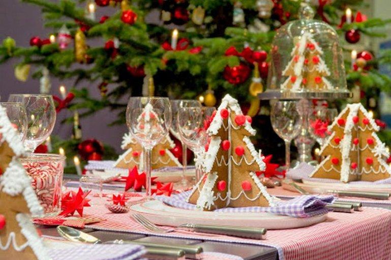 Секреты украшения новогоднего стола