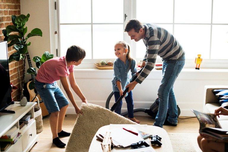 Как часто нужно убирать в доме во время карантина