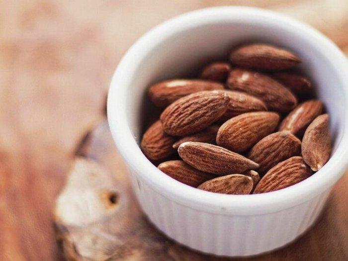 Вот что будет, если съедать 1 миндальный орех ежедневно