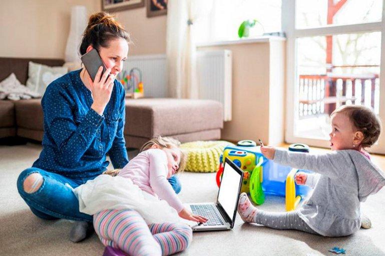 Несколько полезных советов родителям, которые работают дома