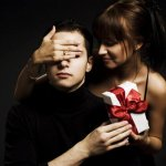 Обязательное тактильное действие, которое женщина может подарить мужчине
