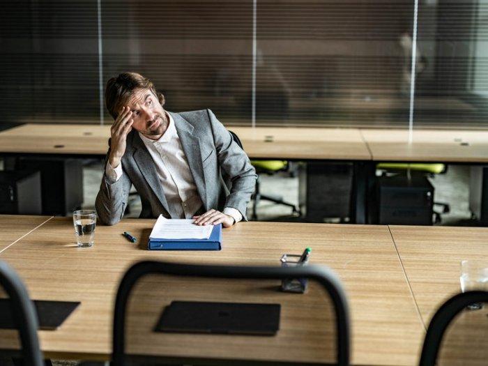 Работа и измена: 10 профессий, которые особенно располагают к этому