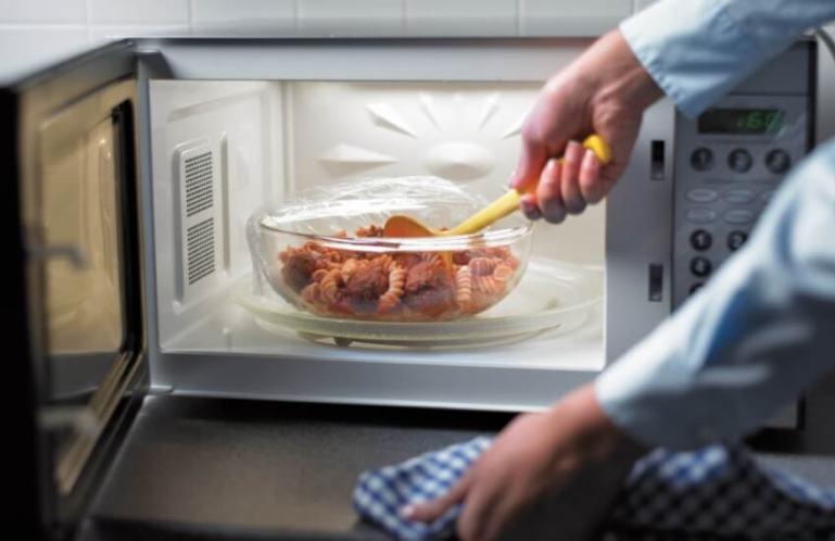 Как выбрать посуду для СВЧ – печи (микроволновки)