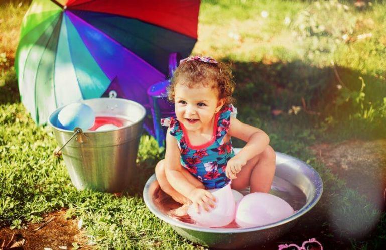 12 занятий, которыми можно занять ребенка летом