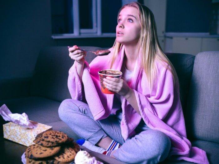 Почему вредно есть на ночь?