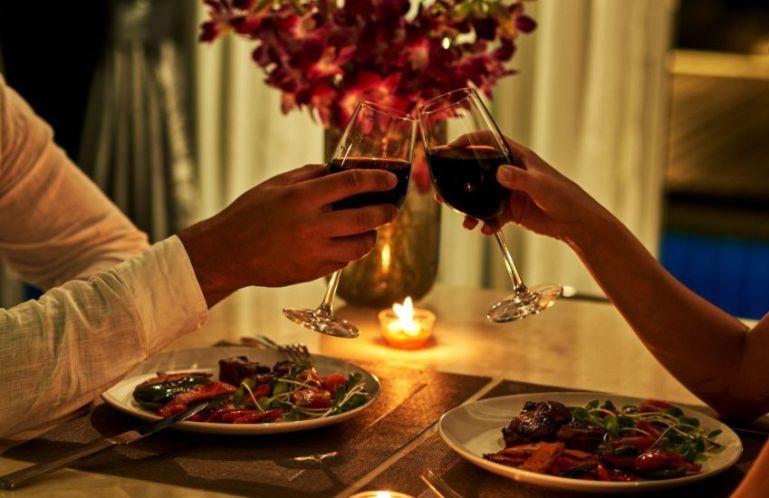 Как бюджетно и ярко провести романтический вечер?