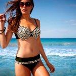 Как правильно подобрать купальник, если у вас большая грудь?