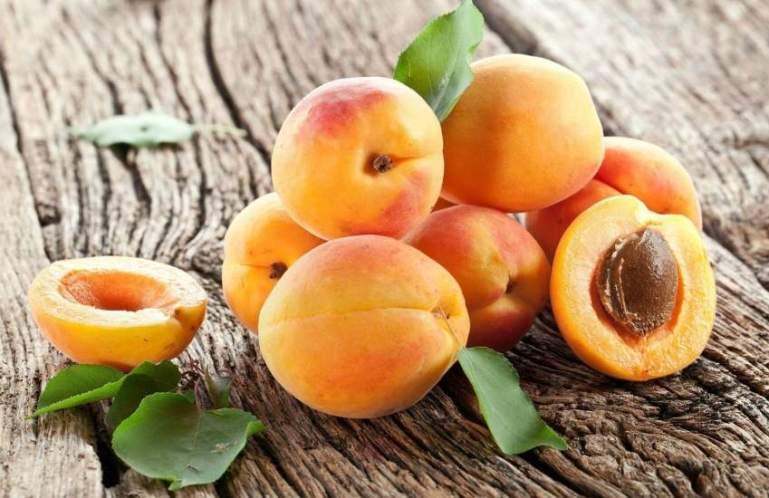 Почему нужно есть абрикосы