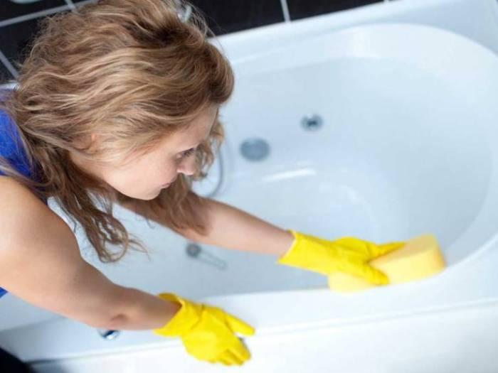 Как почистить акриловую ванну