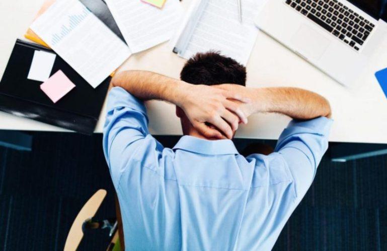 Много работаете, но не чувствуете себя успешным человеком? Почему так происходит?