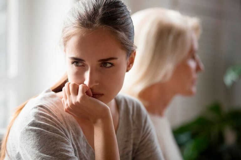 Эти 10 ошибок сломают жизнь твоей дочери