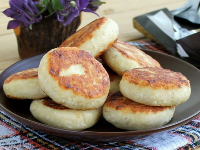 Рецепт сырников без муки и яиц