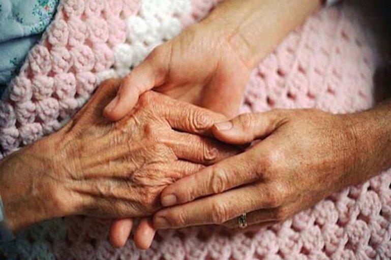 Как общаться с пожилыми родителями – 10 простых правил