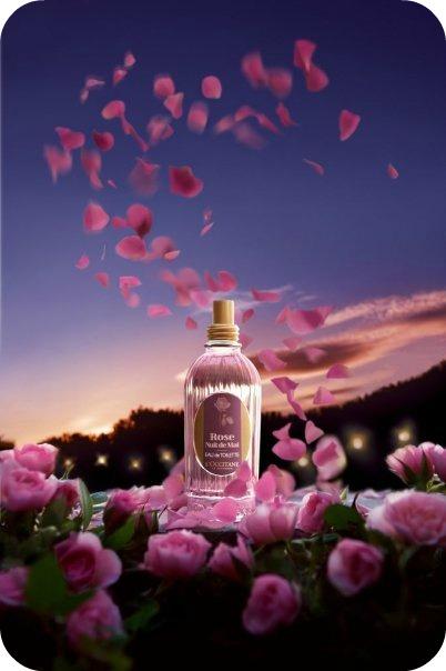Macramé revisité, laiton, et perles de Murano rose poudré pour un joli collier d'été ! (2/2)