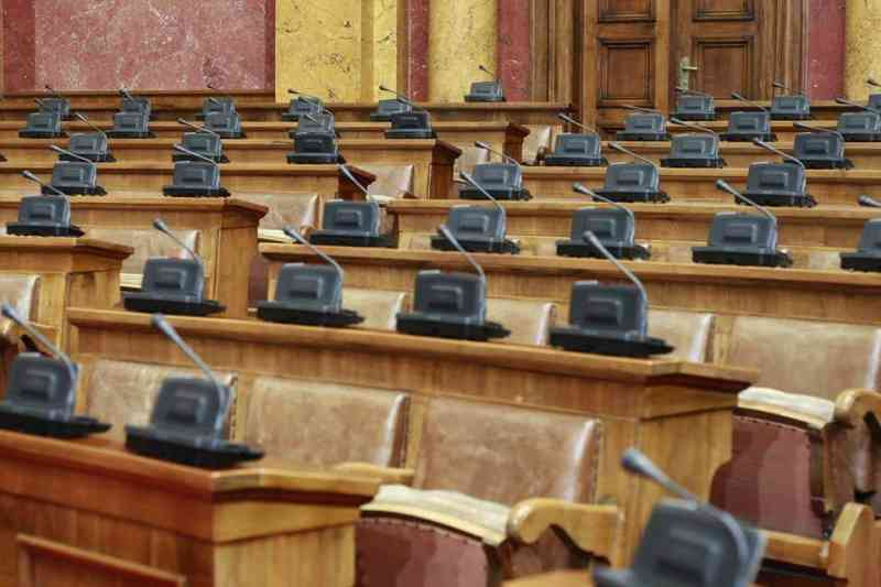 Da bi se politička scena uozbiljila, Srbija mora povećati cenzus. Vlast to nažalost ne želi