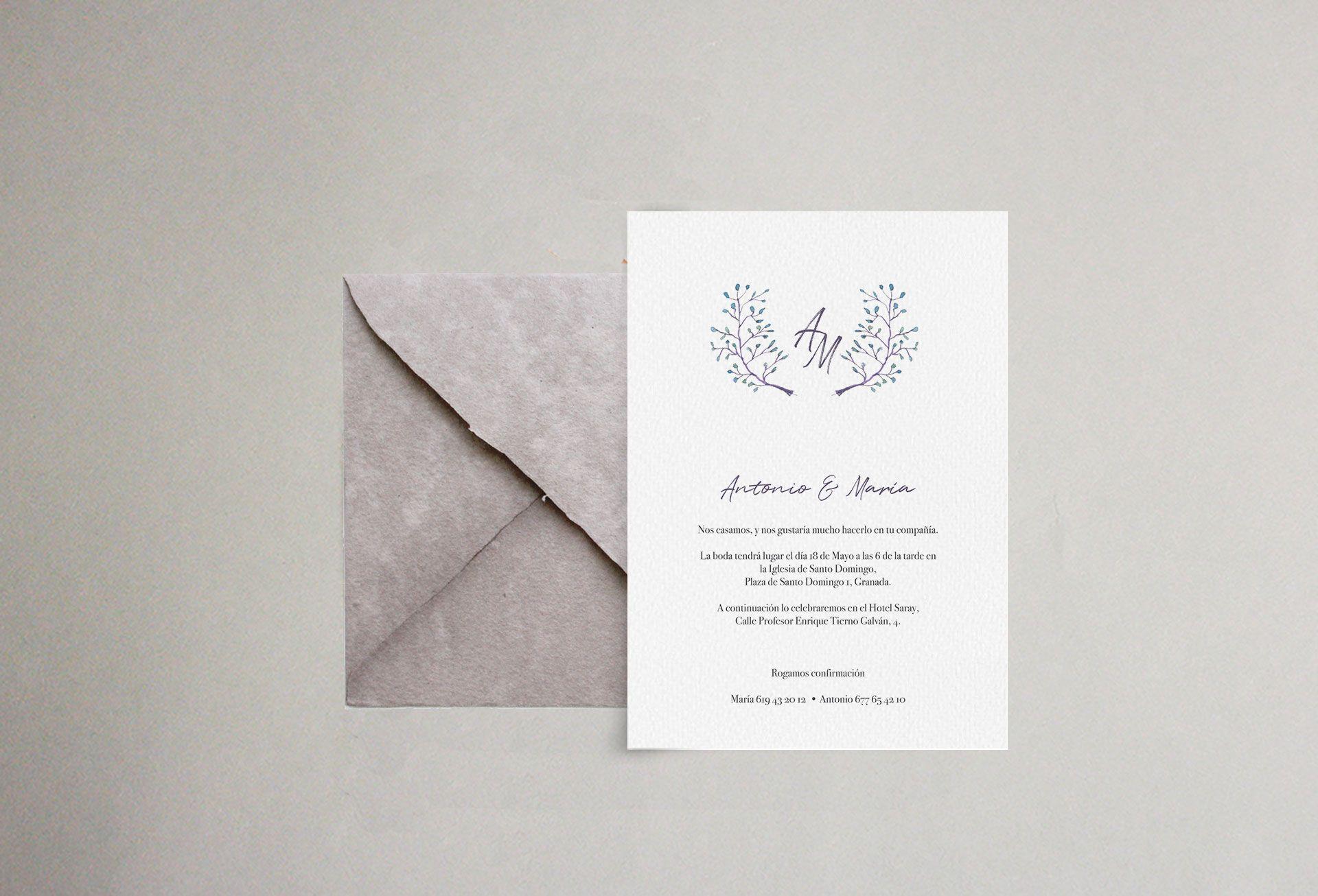 Invitación sobre artesanal hojas flores delicada boda