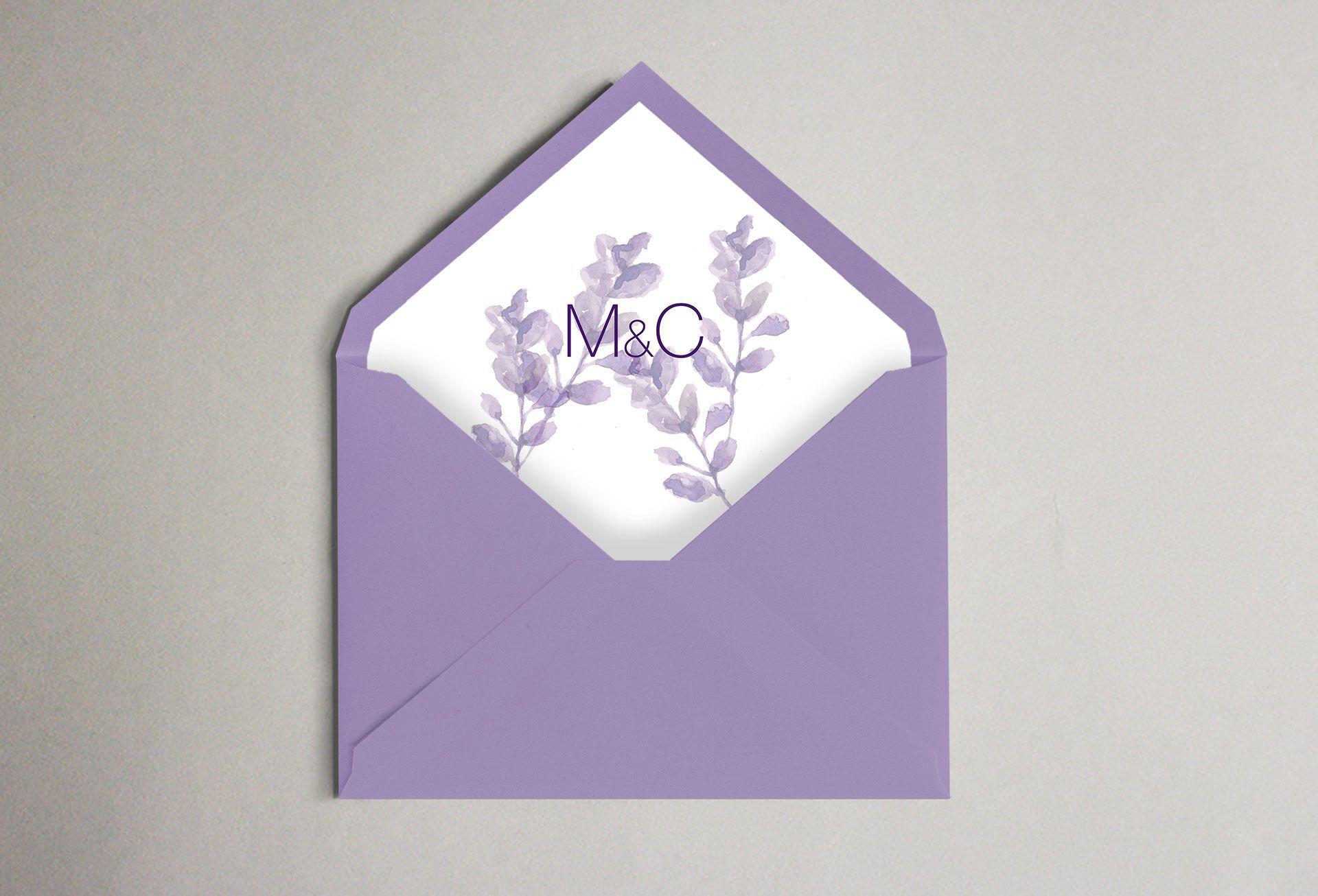 Invitación lavanda flor morada boda sobre