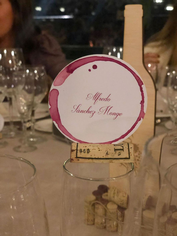 meseros con tematica de vino casa monico hola novias