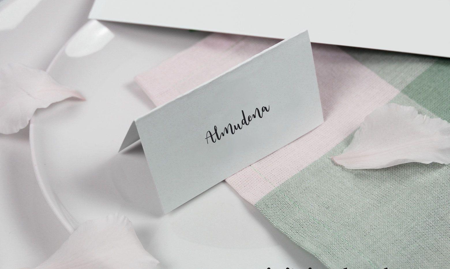 marcasitio con nombre escrito a mano en lettering