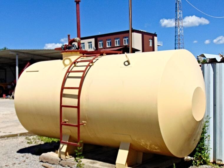 Ємності для зберігання нафтопродуктів