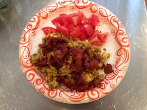 For me, 1/4 tsp of curry powder was the right amount to add to my scrambled eggs. The bacon on top was the perfect addition to this spicy dish.