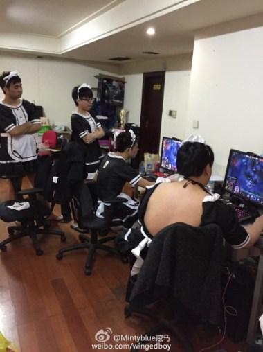 The IG maids playing Dota