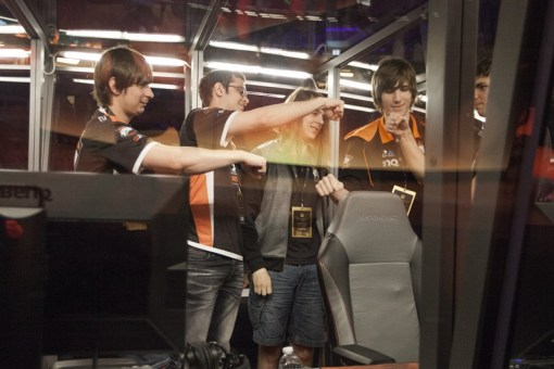Virtus.Pro celebrating the victory that saw Team Secret eliminated