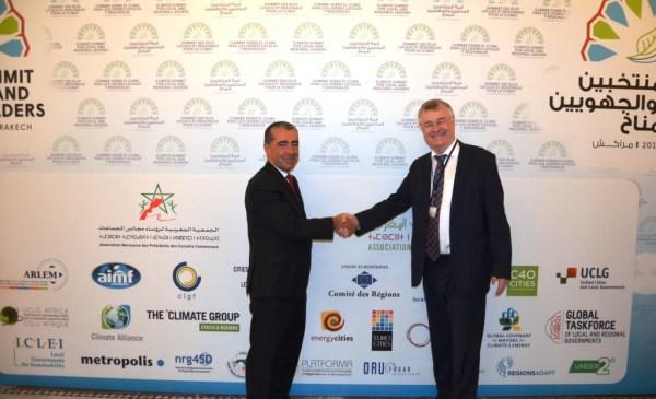 El viceconsejero de Medio Ambiente con presidente Comité Regiones de Europa en Marrakech
