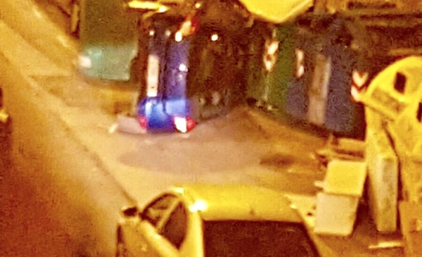 Así quedaba el coche tras el impacto