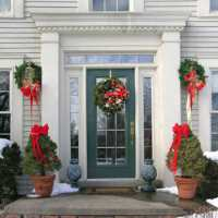Decorating Your Doorway for Christmas