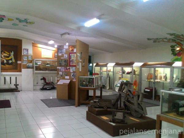 museumanakkolong2