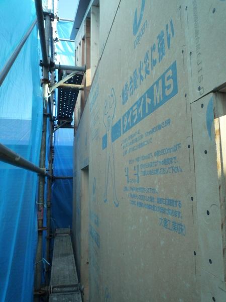 耐震用壁部材ダイライトの施工画像
