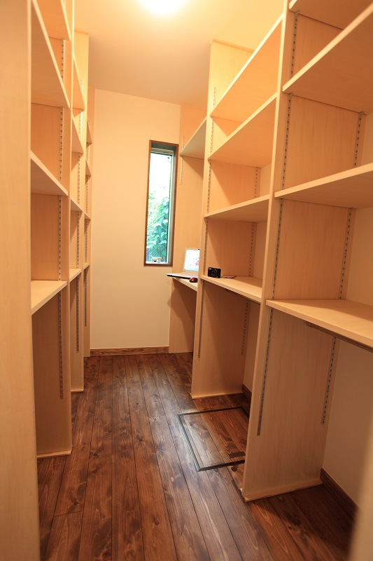 たたみ3畳の趣味の部屋
