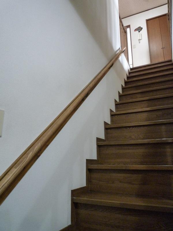 階段手すりの取付完了