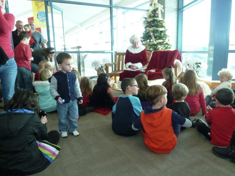 MsClaus_storytime_CapeMay