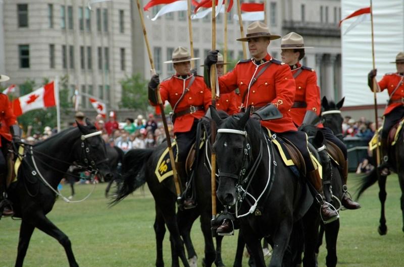 Как канадская полиция решает бытовые конфликты