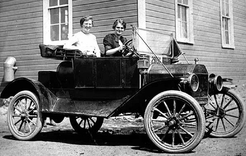 Two Teachers in a 1912 Torpedo