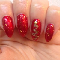 Christmas Tree Nails | dottyaboutnails
